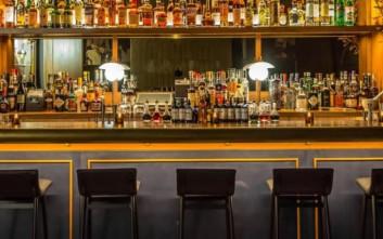 Πέντε λόγοι που ένα bar είναι άδειο