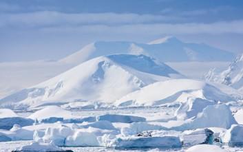 Στο φως τα αρχαιότερα δείγματα πάγου ηλικίας 2,7 εκατομμυρίων ετών στην Ανταρκτική
