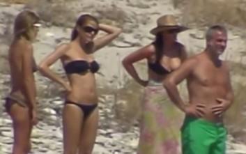 Ακυκλοφόρητο βίντεο με Μπελούτσι, Κωστόπουλο και Μπαλατσινού στη Μύκονο