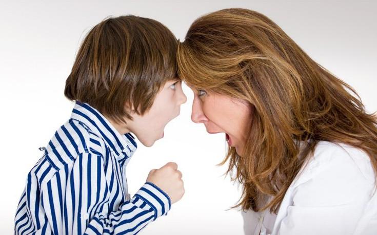 Πώς θα αποτρέψετε τη σχέση εξάρτησης μάνας και γιου