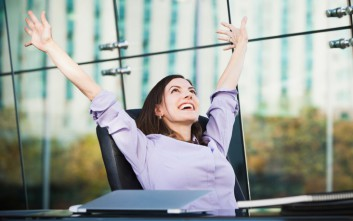 Σε αυτές τις ευρωπαϊκές πόλεις ζουν οι πιο ευτυχισμένοι υπάλληλοι
