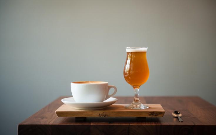 Νέοι φόροι σε καφέ και μπίρα στο πακέτο των 1,7 δισ. ευρώ