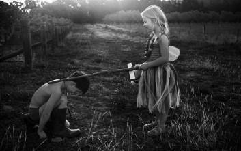 Πώς περνάνε τα παιδικά χρόνια χωρίς τεχνολογία