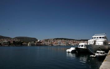 Παράταση ενός έτους για τη βίζα σε Τούρκους στα τελωνεία των νησιών