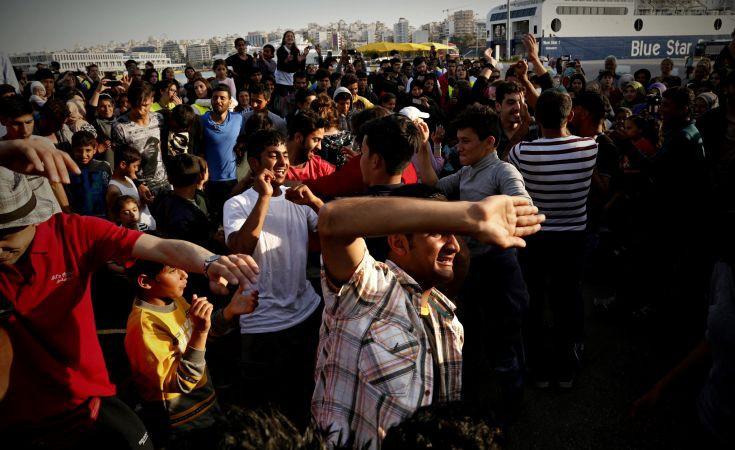 Κύκλωμα διακίνησης πλαστών εγγράφων σε πρόσφυγες