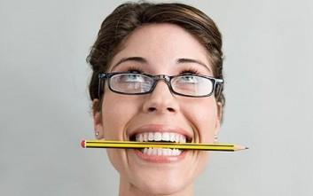 Μπορεί να περάσει ο πονοκέφαλος με ένα μολύβι;