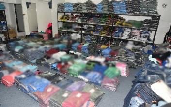 Κατασχέθηκαν χιλιάδες προϊόντα «μαϊμού» στην Πετρούπολη