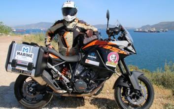 Περιπέτεια στο Ντουμπάι με μοτοσυκλέτα
