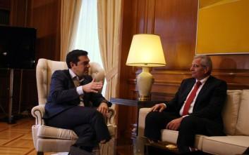 Στο Μαξίμου σήμερα για το Κυπριακό ο γενικός γραμματέας του ΑΚΕΛ Άντρος Κυπριανού