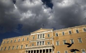 Ύφεση της ελληνικής οικονομίας αναμένει το ΔΝΤ το 2016
