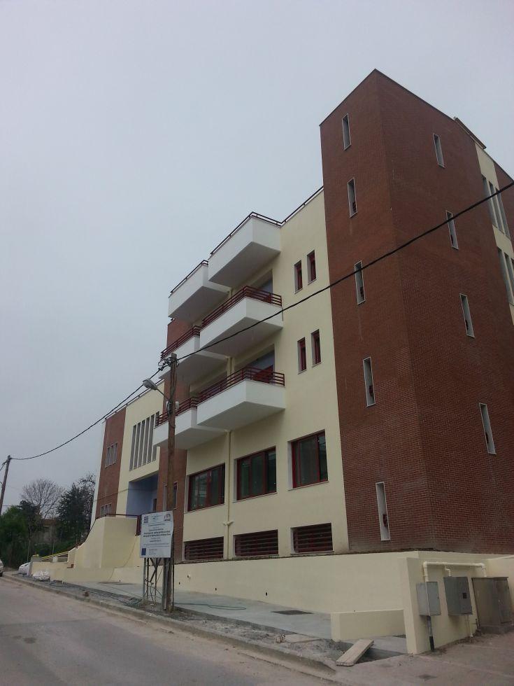 νέο+κτίριο