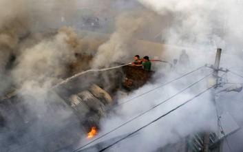 Στις φλόγες αποθήκη πυρομαχικών στην Ινδία