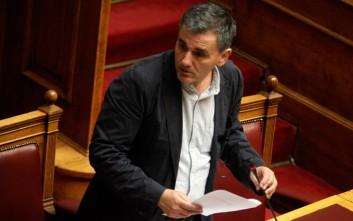 Νομοθετική πρωτοβουλία για την αντιμετώπιση του παράνομου τζόγου προανήγγειλε ο Τσακαλώτος