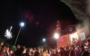 Η νύχτα έγινε μέρα στον εορτασμό της Ανάστασης στην Κέρκυρα