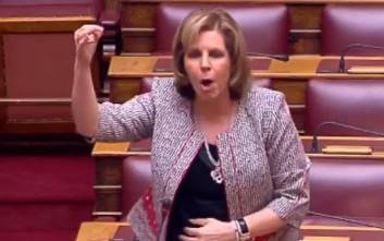 Έξω φρενών η Χριστοφιλοπούλου: Αστυνομοκρατείται το Κοινοβούλιο;