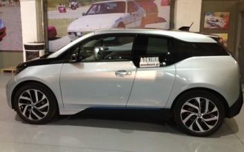 Ξαναοδηγούμε το BMW i3 και παρουσιάζουμε την βελτιωμένη έκδοσή του