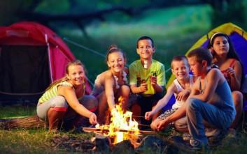 Πέντε λόγοι να στείλετε τα παιδιά σας κατασκήνωση αυτό το καλοκαίρι
