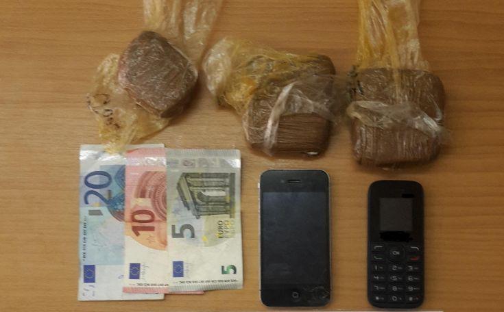 Έπιασαν έμπορο ναρκωτικών με 350 γραμμάρια κοκαΐνης