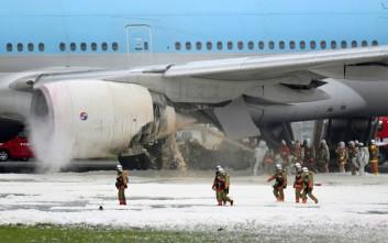 Φωτογραφίες και βίντεο από το αεροσκάφος που εκκενώθηκε στο Τόκιο