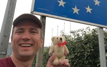 Ταξίδεψε σε 12 διαφορετικές χώρες μέσα σε 24 ώρες και έσπασε το παγκόσμιο ρεκόρ!