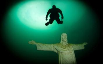 Το ασυνήθιστο υποβρύχιο μουσείο μέσα σε αυστριακή λίμνη