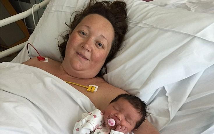 Ώρες αγωνίας για τη νέα μητέρα μετά τις στιγμές απόλυτης ευτυχίας