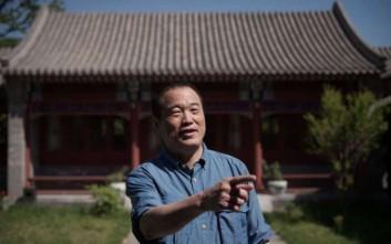 Ο κινέζος δισεκατομμυριούχος που τον στοιχειώνουν οι αναμνήσεις