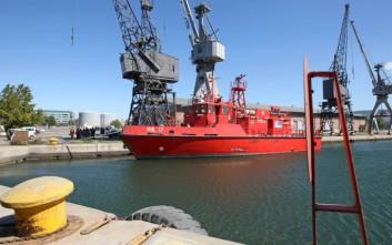 Παραμένουν σε κινητοποιήσεις οι εργαζόμενοι στα λιμάνια