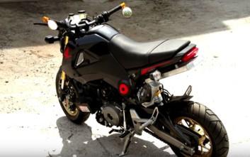 Ένα Honda Grom με κινητήρα από Panigale