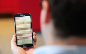 Τι κινδύνους μπορεί να κρύβει η παρακολούθηση πορνό από Android συσκευές