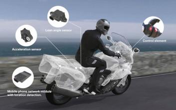 Η BMW φέρνει την κλήση επείγουσας ανάγκης (eCall) στις μοτοσυκλέτες