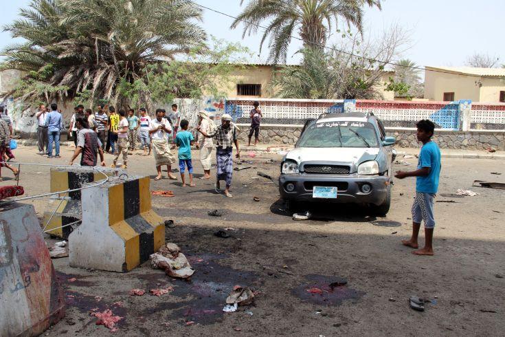 Πυρά δέχτηκε αυτοκινητοπομπή του ΟΗΕ στην Υεμένη