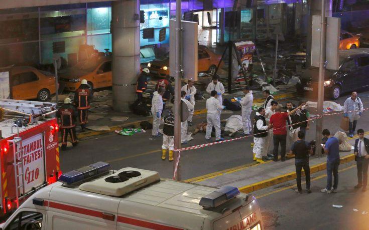 Στους 28 οι νεκροί από τις εκρήξεις στο αεροδρόμιο της Κωνσταντινούπολης