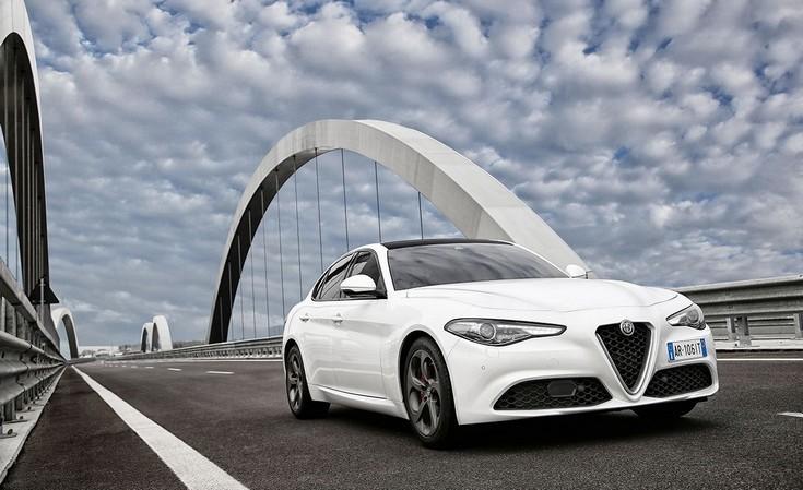 Η Alfa Romeo Giulia είναι πέντε αστέρων