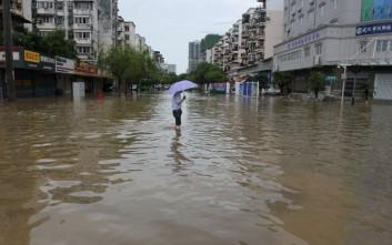 Οκτώ ανθρακωρύχοι παγιδεύτηκαν σε στοά που πλημμύρισε στην Κίνα