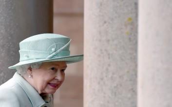 Πόσο θα κοστίσει στη βασίλισσα Ελισάβετ η πανδημία του κορονοϊού