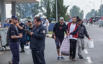 Σε εξέλιξη η επιχείρηση της ΕΛΑΣ στους δύο άτυπους καταυλισμούς κοντά στα σύνορα