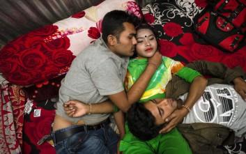 Πώς είναι η ζωή μέσα σε οίκο ανοχής στο Μπαγκλαντές