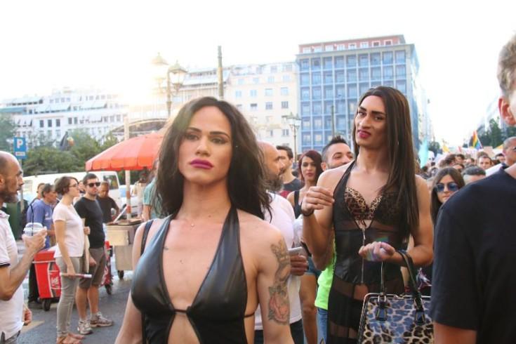 αμφιφυλόφιλος όργιο με τρανσέξουαλ XXX βίντεο κινητό δωρεάν