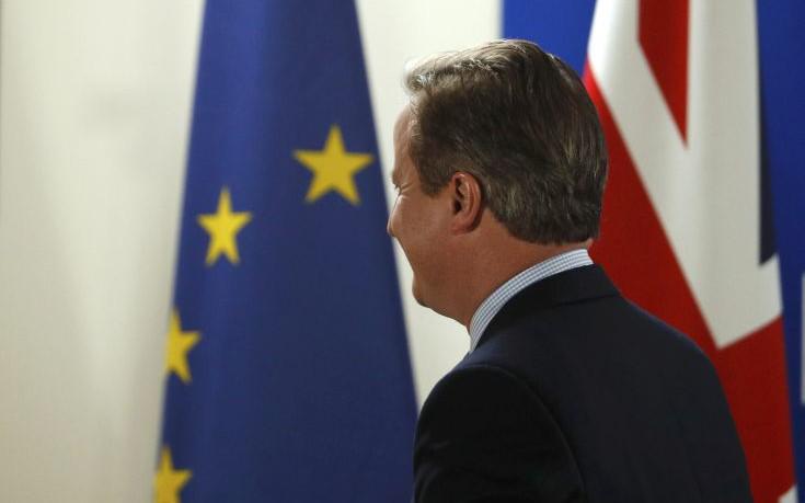 Νέες πιέσεις των «27» για γρήγορο διαζύγιο με τη Βρετανία