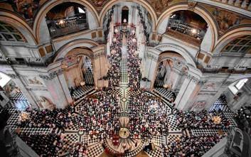 Το Λονδίνο γιορτάζει τα 90ά γενέθλια της βασίλισσας Ελισάβετ
