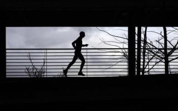 Σωματική άσκηση: Μην την ξεχνάτε στην πανδημία - Οι νέες οδηγίες του ΠΟΥ για ενήλικες και παιδιά