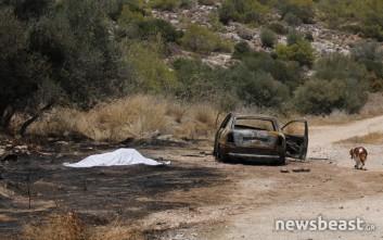 Φωτογραφίες από το σημείο που εντοπίστηκε το καμένο πτώμα στη Βάρκιζα