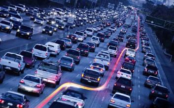 Η Καλιφόρνια κινείται προς τη μονιμοποίηση της διήθησης μοτοσυκλετών