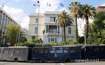 «Φρούριο» η γαλλική πρεσβεία και κλειστοί δρόμοι για πορεία... 50 ατόμων