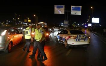 Νεκρός αστυνομικός από επίθεση άνδρα με μαχαίρι στην Κωνσταντινούπολη