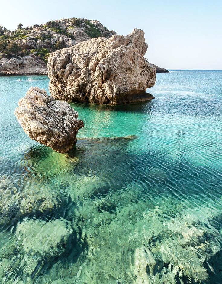 Θάλασσα με βράχους, Ικαρία