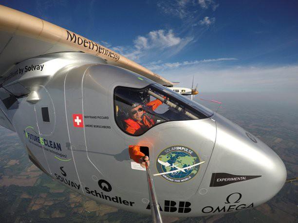 Το Solar Impulse 2 προσγειώθηκε στη Νέα Υόρκη