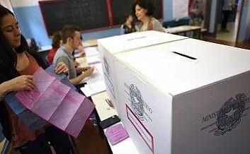 Σε ρυθμούς δημοψηφίσματος και η Ιταλία
