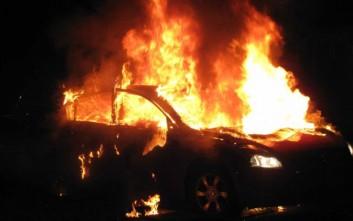 Σέρρες: Αυτοκίνητο τυλίχθηκε στις φλόγες - Κινδύνευσε ο οδηγός